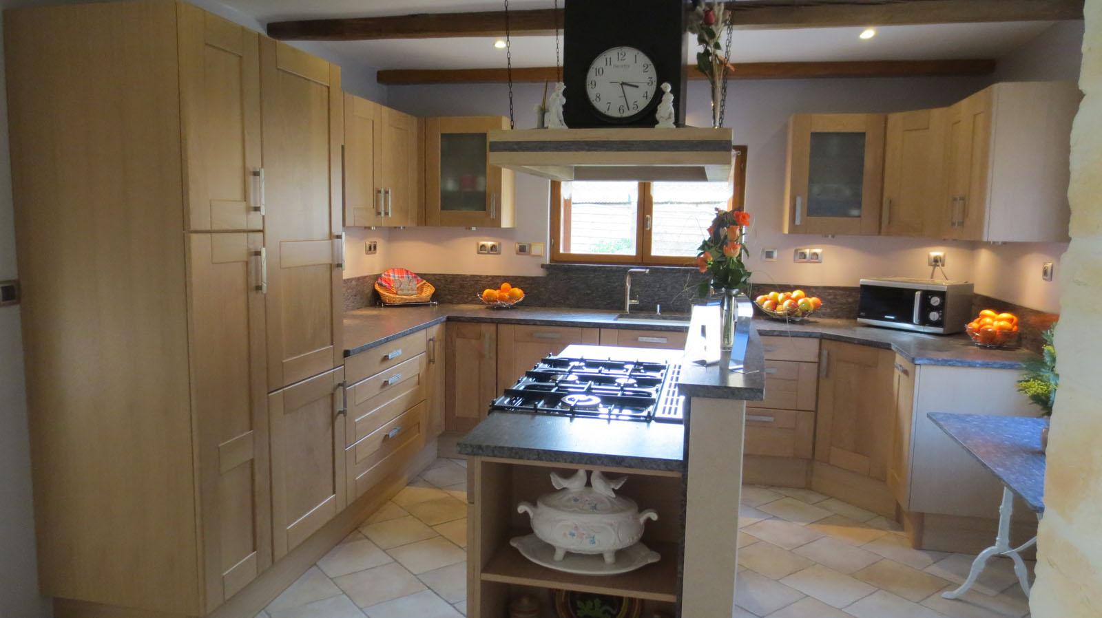 Photo realisation cuisine site 9 cuisines couloir for Realisation cuisine
