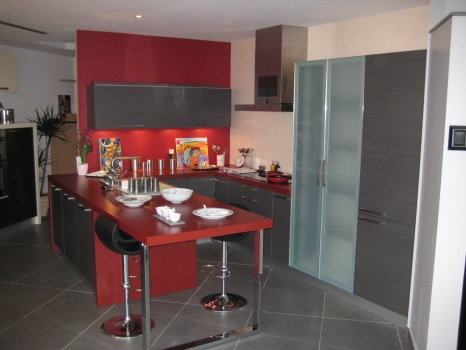 Peinture de cuisine peinture de cuisines - Deco cuisine gris et noir ...