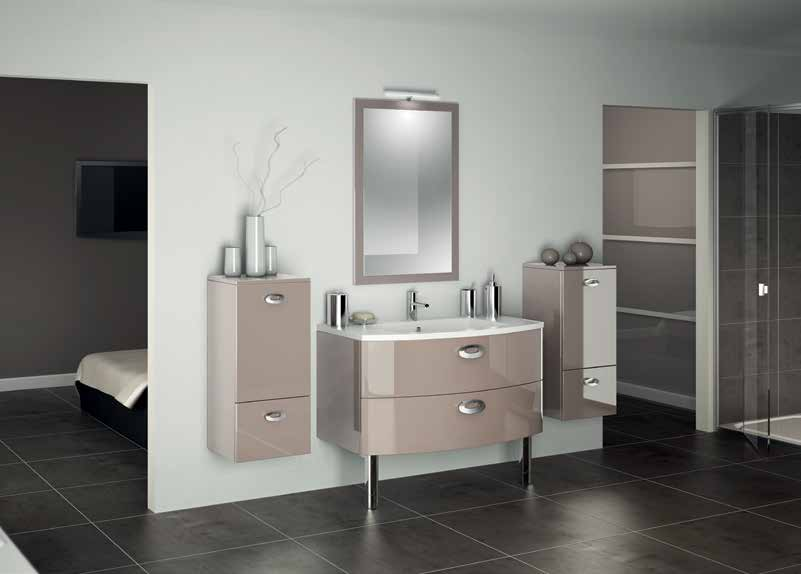 catalogue salles de bains 2014 5 cuisines couloir. Black Bedroom Furniture Sets. Home Design Ideas